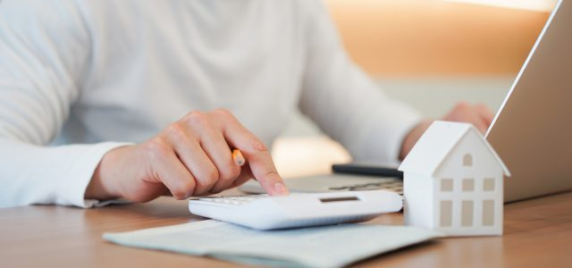 Want to save on home loans? Just talk to your peers!